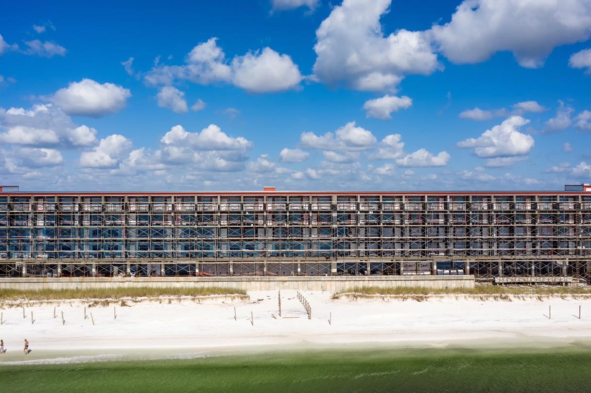 Image of El Governor hotel under reconstruction.