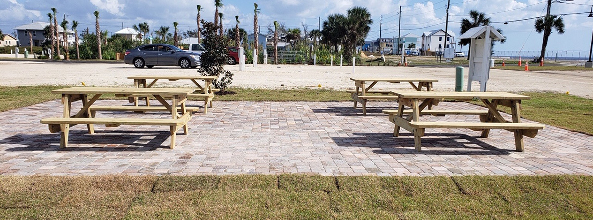 Image of our RV Park Picnic Area.